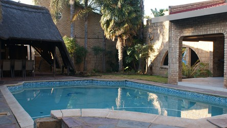 Azume guest house welkom accommodation joburg tourism for Au jardin welkom