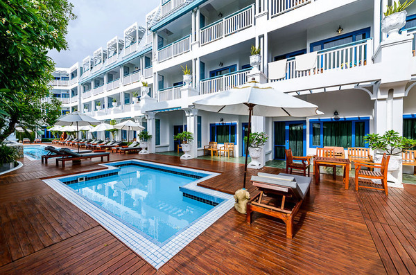 Harvey World Travel Centurion - Holiday in Thailand - Andaman Seaview Hotel