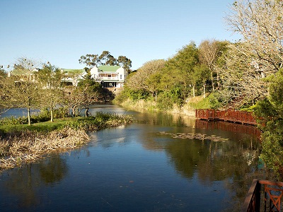Harvey World Travel Centurion - Relax At Quarry Lake Inn, South Africa