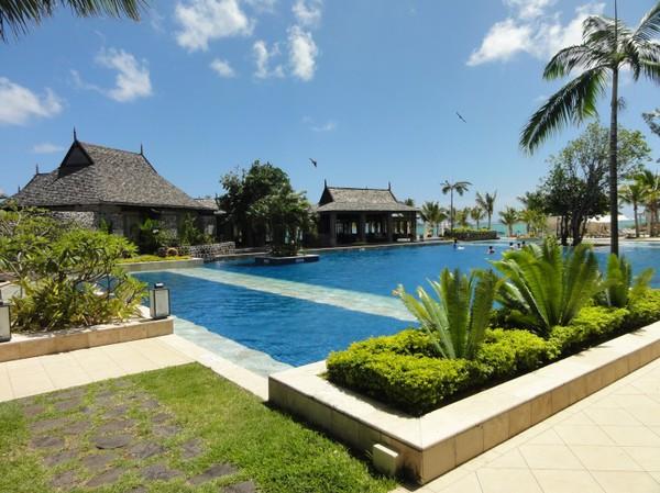 Harvey World Travel Centurion - Holiday in Mauritius - St Regis 5 Star