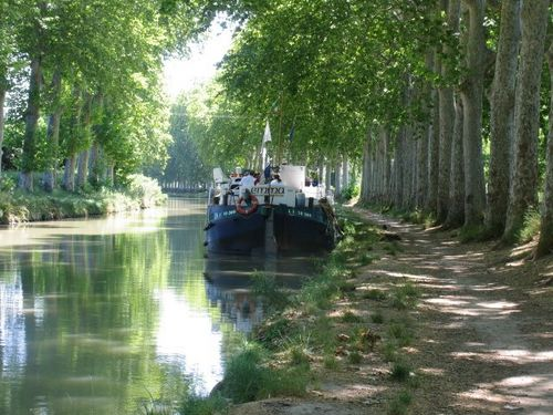 TRAVELFIX - Barging in France , France