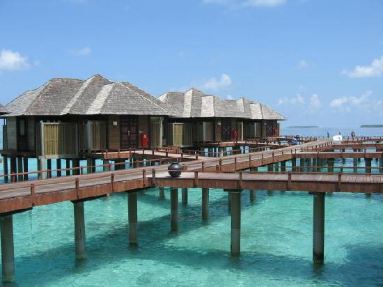 AA Holidays - Hilton Iru Fushi Resort And Spa Couple Deal, Maldives