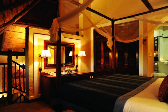 AA Holidays - 2 Night Victoria Safari Lodge Weekend Special, Zimbabwe