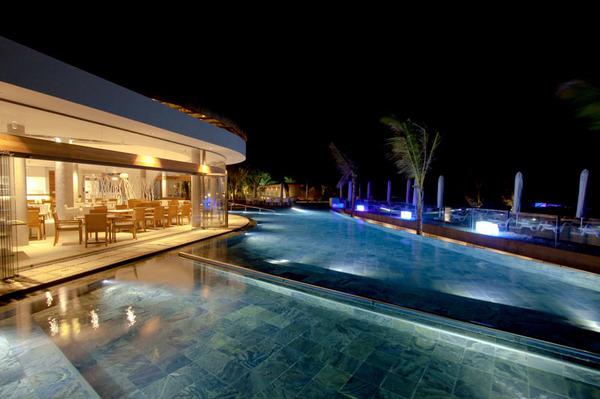Harvey World Travel Centurion - Holiday in Mauritius - Radisson Blu Poste Lafayette Resort