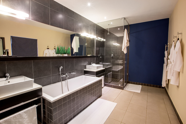 Thaba eco hotel in johannesburg proportal for Bathroom designs gauteng