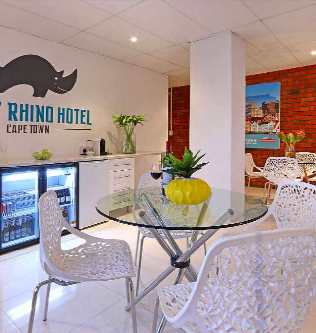 Happy Rhino Hotel Cape Town Reviews