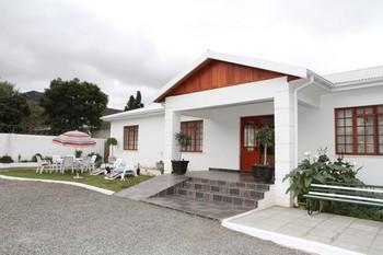 Bush Guest House in Graaff Reinet