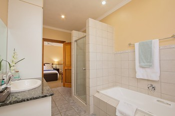 Centurion Golf Suites in Centurion