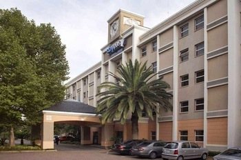 StayEasy Eastgate in Johannesburg