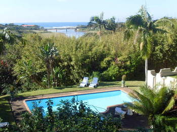 Mhlangeni Lodge B&B in Shelly Beach