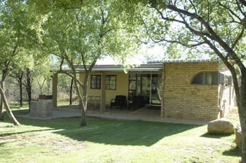 Raaswater River Lodge in Potchefstroom