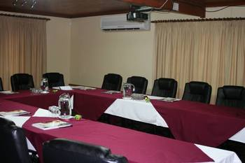 Oudrift Riverside Lodge in Potchefstroom