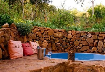 Phefumula Luxury Self Catering Cottages in Maanhaarrand