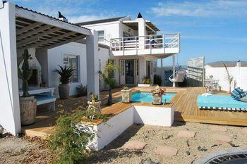 Beach House on Fairway in Langebaan